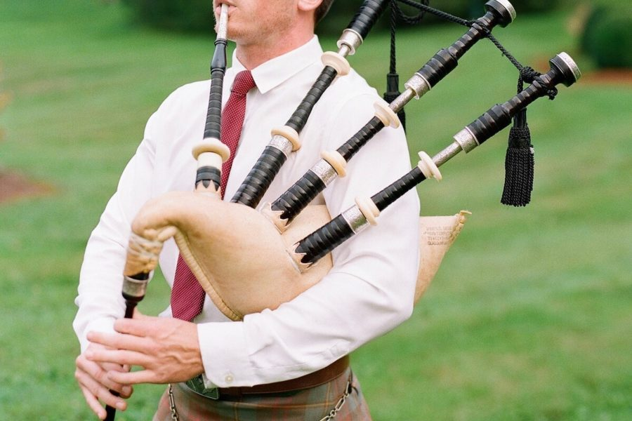 charleston bagpipe player